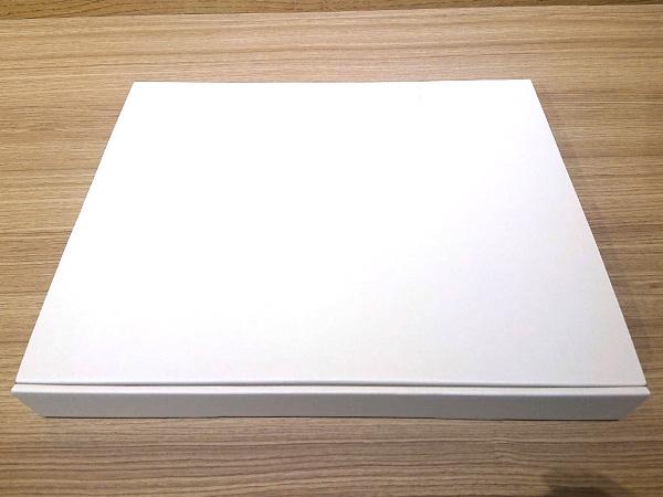 3_謎の白い箱.jpg